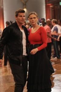 "Emily Deschanel and David Boreanaz in BONES - Season 8 - ""The Diamond in the Rough""   ©2013/Patrick McElhenney"