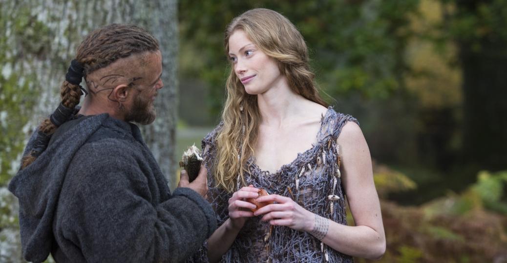 Ragnar  Travis Fimmel  woos Princess Aslaug in VIKINGS    All Change    Vikings Aslaug