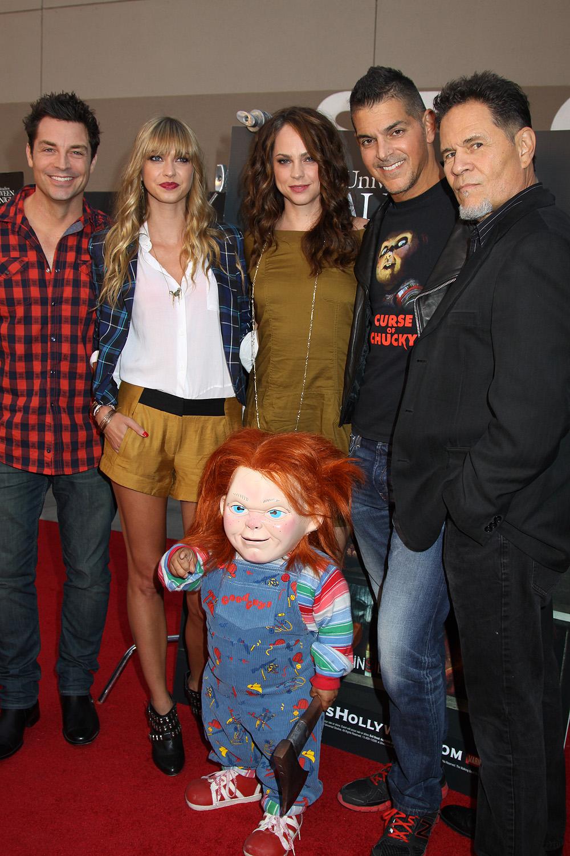 Chucky and the cast of Curse of Chucky L     R  Brennan Elliott    Curse Of Chucky Cast