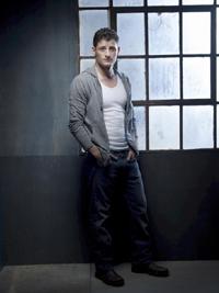 Enver Gjokaj in DOLLHOUSE - Season Two   ©2009 Fox