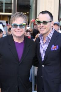 Elton John ans David Furnish at the World Premiere of GNOMEO & JULIET | ©2011 Sue Schneider