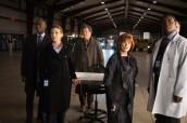 "Lance Reddick, Anna Torv, John Noble and Blair Brown in FRINGE - Season 3 - ""Reciprocity"" |©2011 Fox Broadcasting Co./ Liane Hentscher"