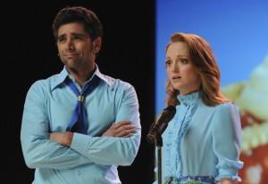 "John Stamos and Jayma Mays in GLEE - Season 2 - ""Sexy"" | ©2011 Fox/Michael Yarish"