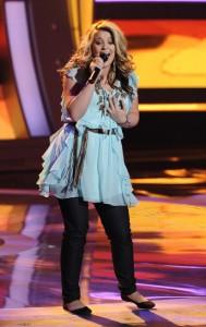 "Lauren Alaina performs on AMERICAN IDOL - Season 10 - ""The Top 13"" | ©2011 Fox/Ray Mickshaw"