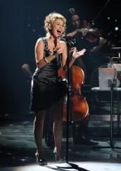 Haley Reinhart performs on AMERICAN IDOL - Season 10 - The Final Four | ©2011 Fox/Michael Becker