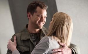 "Joshua Jackson and Anna Torv in FRINGE - Season 3 - ""The Day We Died"" | ©2011 Fox/Liane Hentscher"