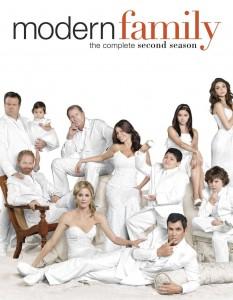 MODERN FAMILY Season 2 | © 2011 Fox Home Entertainment