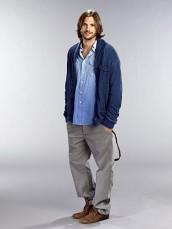Ashton Kutcher in TWO AND A HALF MEN - Season 9 | ©2011 CBS/Matt Hoyle