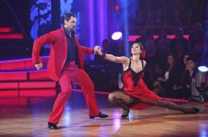 Maksim Chmerkovskiy and Hope Solo on DANCING WITH THE STARS - Season 13 - Week 9 | ©2011 ABC/Adam Taylor