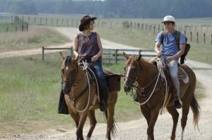 "Lauren Cohan and Steven Yeun in THE WALKING DEAD - Season 2 - ""Cherokee Rose"" | ©2011 AMC/Gene Page"