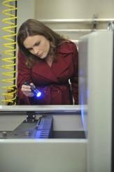 "Emily Deschanel in BONES - Season 7 - ""The Male in the Mail"" | ©2011 Fox/Richard Foreman"
