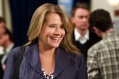 "Lorraine Bracco in RIZZOLI & ISLES - Season 2 - ""Can I Get A Witness"" | © 2011 TNT"