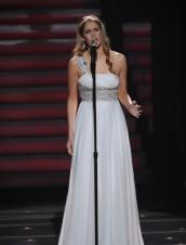 "Shannon Magrane performs on AMERICAN IDOL - Season 11 - ""Semifinalst Girls Perform"" | ©2012 Fox/Michael Becker"