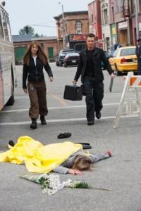 "Anna Torv and Seth Gabel in FRINGE - Season 3 - ""The Plateau"" | ©2010 Fox/Liane Hentscher"
