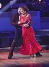 Maksim Chmerkovskiy and Melissa Gilbert perform on DANCING WITH THE STARS Week 7 | (c) 2012 ABC/ADAM TAYLOR