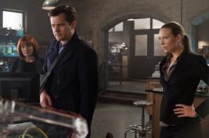 "Blair Brown, Joshua Jackson and Anna Torv in FRINGE - Season 4 - ""Brave New World - Part 2"" - Season Finale | ©2012 Fox/Liane Hentscher"