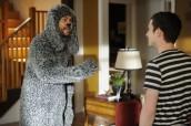 "Jason Gann and Elijah Wood in WILFRED - Season 2 - ""Avoidance"" | ©2012 FX/Michael Becker"
