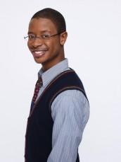 Arjay Smith in PERCEPTION - Season 1   ©2012 TNT/Jeremy Freeman