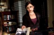 "Rachael Leigh Cook in PERCEPTION - Season 1 - ""Faces"" | ©2012 TNT/Doug Hyun"