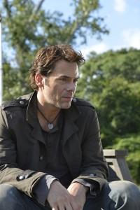 "Billy Burke in REVOLUTION - Season 1 - ""Sex and Drugs"" | ©2012 NBC/Brownie Harris"