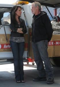 Katey Sagal and Ron Perlman in SONS OF ANARCHY - Season 5 | ©2012 FX/Prashant Gupta