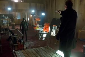"""Stephen Amell as The Arrow and Seth Gabel as The Count on ARROW """"Vertigo""""   (c) 2013 Jack Rowand/The CW"""