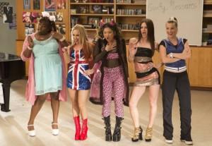 "Alex Newell, Becca Tobin, Jenna Ushkowitz, Heather Morris and Melissa Benoist perform the Spice Girls in GLEE - Season 4 - ""Guilty Pleasures"" | ©2013 Fox/Jennifer Clasen"