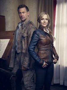 Grant Bowler and Julie Benz in DEFIANCE - Season 1 | ©2013 Syfy/Joe Pugliese