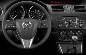 The dashboard of the Mazda5 | ©2013 Mazda
