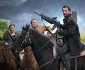 Noah Wyle in FALLING SKIES - Season 3 | ©2013 TNT/James Dittiger