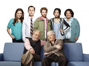 Vanessa Lachey, Brenda Song, Giovanni Ribisi, Seth Green and Tonita Castro in DADS - Season 1 | ©2013 Fox