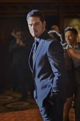 "Jay Ryan in BEAUTY AND THE BEAST - Season 2 - ""Liar, Liar"" | ©2013 The CW /Sven Frenzel"