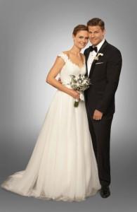 "Emily Deschanel and David Boreanaz in BONES - Season 8 - ""The Woman in White"" | ©2013 Fox/Patrick McElhenney"