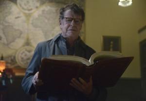 "John Noble in SLEEPY HOLLOW - Season 1 - ""The Golem"" | ©2013 Fox/Brownie Harris"