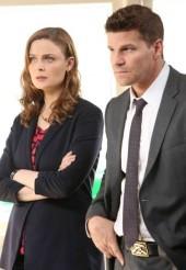 "David Boreanaz and Emily Deschanel in BONES - Season 9 - ""The High in the Low"" | ©2014 Fox/Patrick McElhenney"