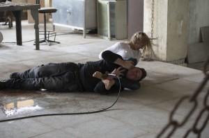 Agent Morgan (Yvonne Strahovski) fights back on 24: LIVE ANOTHER DAY | © 2014 Daniel Smith/FOX