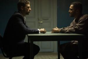 Adam Rayner as Barry, Sammy Sheik as Hamid in TRYANT | © 2014 Vered Adir/FX