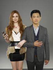Karen Gillan and John Cho in SELFIE - Season 1 | ©2014 ABC/Bob D'Amico