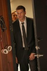 "Emily Deschanel and David Boreanaz in BONES - Season 10 - ""The Purging of the Pundit""   ©2014 Fox/Patrick McElhenney"
