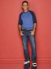 Carlos Ponce in CRISTELA - Season 1 | ©2014 ABC/Bob D'Amico