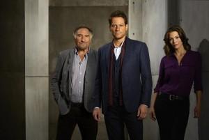 Judd Hirsch, Ioan Gruffudd, Alana De la Garza in FOREVER - Season 1 | ©2014 ABC/Bob D'Amico
