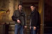 "Jared Padalecki and Jensen Ackles in SUPERNATURAL - Season 10 - ""Paper Moon"" | ©2014 The CW/Katie Yu"