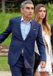Eugene Levy stars in SCHITT'S CREEK on Pop Television | © 2015 Pop Television