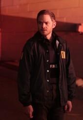 Shawn Ashmore stars as Mike in Season 3 of THE FOLLOWING | © 2015 Giovanni Rufino/FOX