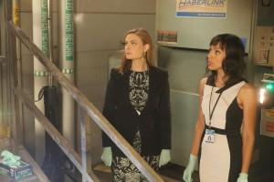 Emily Deschanel stars as Brennan and Tamara Taylor stars as Cam in BONES | © 2015 Patrick McElhenney/FOX
