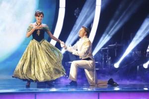 Nastia Liukin and Derek Hough in DANCING WITH THE STARS - Season 20 - Week 5 | DANCING WITH THE STARS - Season 20 - Week 4 | ©2015 ABC/Adam Taylor