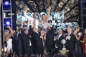 Nyle DeMarco and Peta Murgatroyd win DANCING WITH THE STARS - Season 22   ©2016 ABC/Adam Taylor
