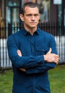 Hugh Dancy in THE PATH - Season 2 | ©2017 Hulu