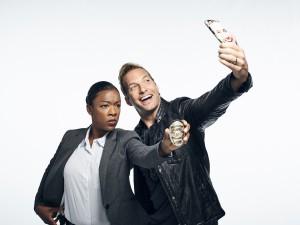 Ryan Hansen and Samira Wiley in RYAN HANSEN SOLVES CRIMES - Season 1 | ©2017 YouTube Red