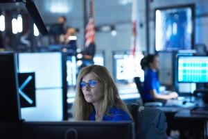 Connie Britton stars in 911   © 2018 Fox